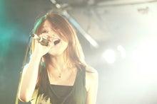 大阪でボイトレならココ!歌手デビューの道をサポート♪