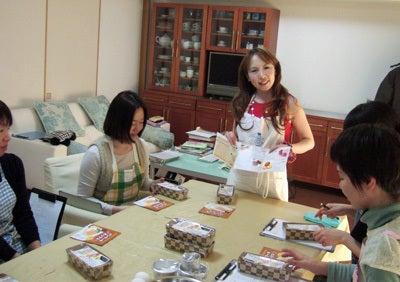 $美楽食--お菓子教室 *東京青山・大阪上本町* --「洋菓子教室トロワ・スール」便り
