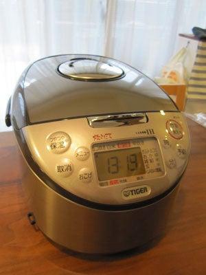 のほほん日記 in 大阪-炊飯器2011