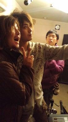 サザナミケンタロウ オフィシャルブログ「漣研太郎のNO MUSIC、NO NAME!」Powered by アメブロ-110225_2236~01.jpg