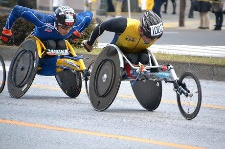 東京マラソン2011 ~腕だけで走りきる車椅子ランナー~