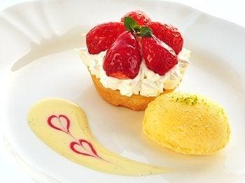 ミュージアムレストラン花の妖精blog-苺のタルトレット 2