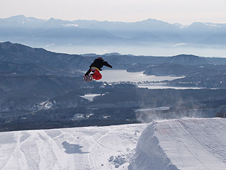 $池の平温泉スキー場ゲレンデレポート-110322