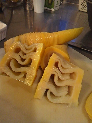 $旬菜料理家 伯母直美  野菜の収穫体験ができる料理教室 暮らしのRecipe-亀甲竹ゆで