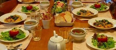 $旬菜料理家 伯母直美  野菜の収穫体験ができる料理教室 暮らしのRecipe-テーブルセティング