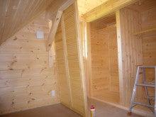 ログハウス・ビルドのブログ-子供部屋2収納