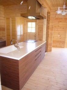 ログハウス・ビルドのブログ-キッチン