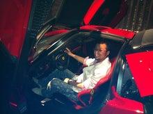 岩本壮一郎の「鳴かぬなら鳴かせてみせようホトトギス」-エンツォ運転席