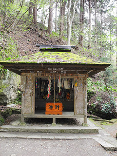 晴れのち曇り時々Ameブロ-姥堂(立石寺)