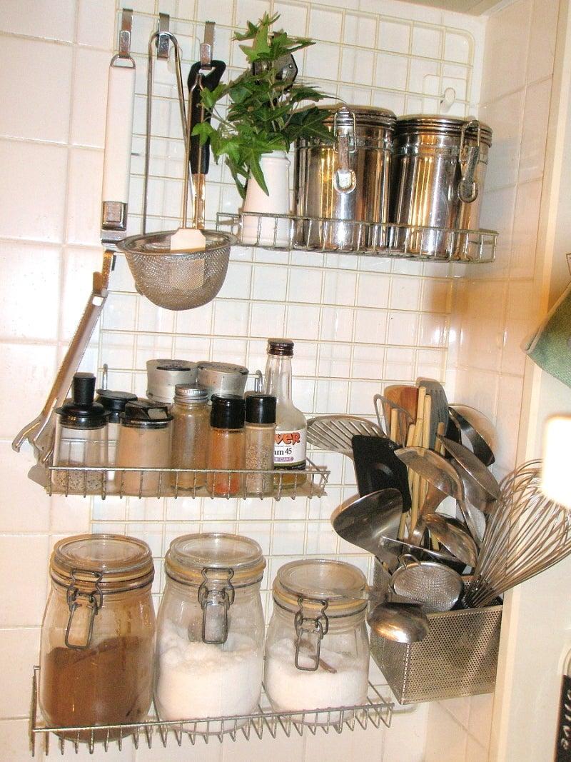 散らかりやすいキッチンを ...