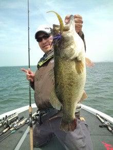 琵琶湖プロガイド 小南 悠のブログ-20110515131438.jpg