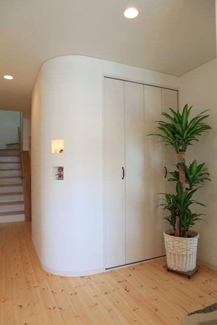 徳島県で家を建てるならサーロジック-玄関ホール