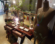 yull. Jewelry and Life-売り場