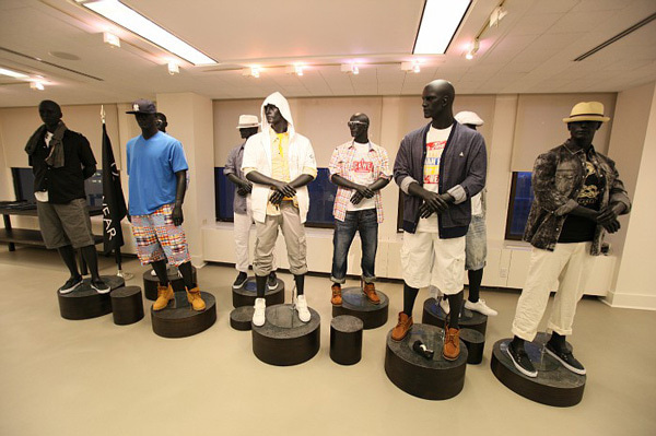 $HIPHOP-TOWN'S BLOG-SHOWROOM1