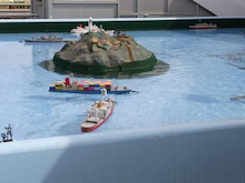 夏野のブログ-ラジコン船②