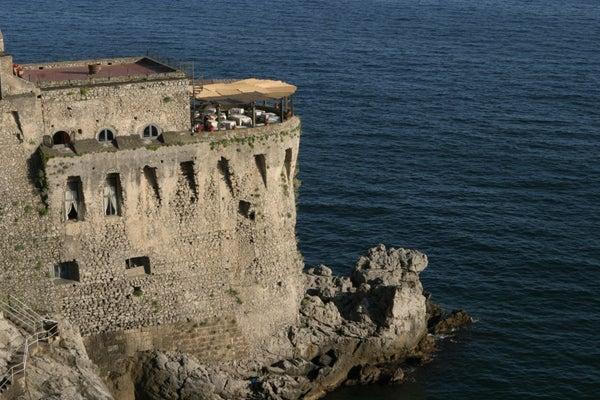 【彼女の恋した南イタリア】 ~ diario-マイオーリ 海に映える塔のリストランテ
