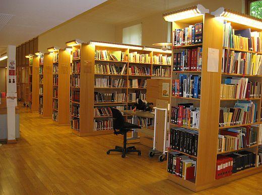 北欧からコンニチワ-音大図書館