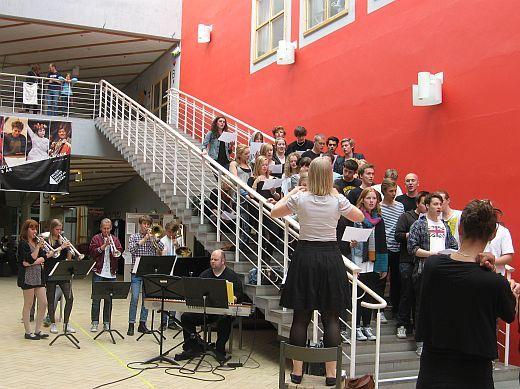 北欧からコンニチワ-音大合唱