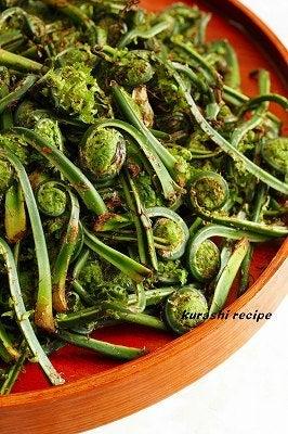 $旬菜料理家 伯母直美  野菜の収穫体験ができる料理教室 暮らしのRecipe-こごみ大