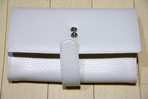 雑貨と音楽とGoods-開運・金運の白い財布