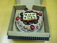 HII☆KALU SPACE ART -- スペースアーティスト 小野綾子のブログ -- Ayako Ono's Official Blog-チェリー&カステラBDケーキ Cherry Cake