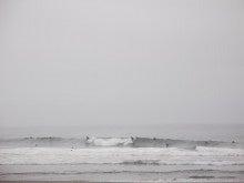 $サーフィンスクール、サーフガイドならラブライトサーフ