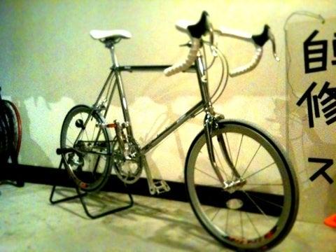 自転車屋 奈良 自転車屋 ロード : 激重です。踏めるのか?