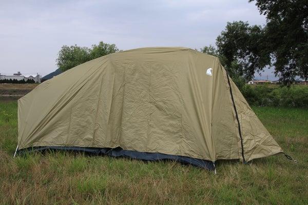 $ON THE BROAD. バイクで日本一周ひとり旅-モンベル ムーンライト2型 テント設営