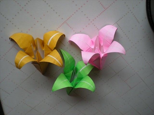折り紙の 折り紙 ゆり 折り方 : divulgando.net