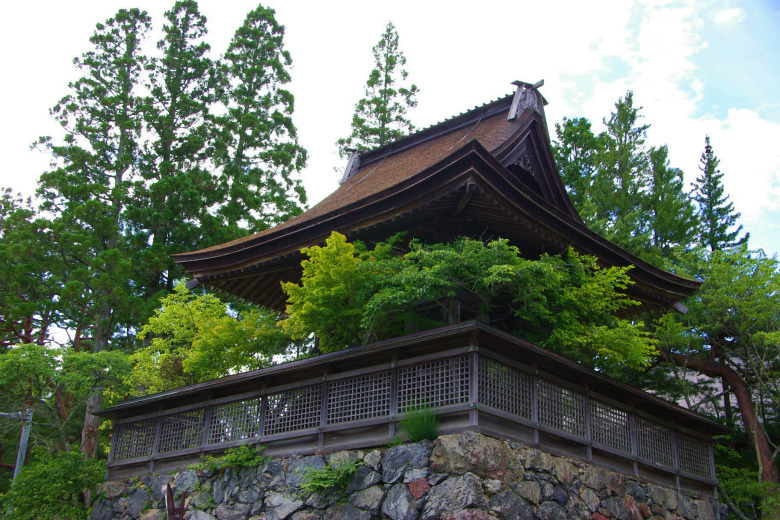 高野山への道-六時の鐘(アップ)