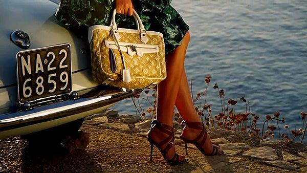 【彼女の恋した南イタリア】 - diario  イタリアリゾート最新情報    -Cruise Collection 2011 Capri