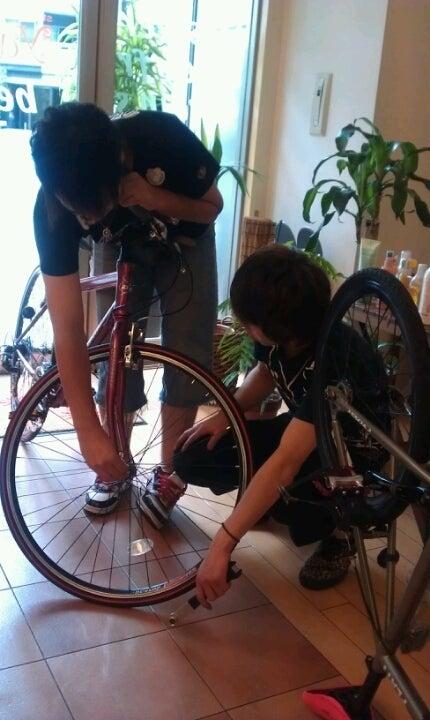 やっぱり男子は自転車屋さんに ...