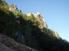 関西蛍雪山岳会のページ-烏帽子左稜線を見る