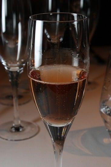 ヒーちゃんの美味しく頂きます日記-シャンパン