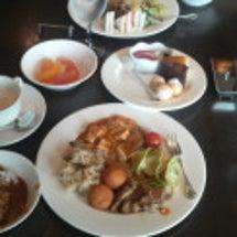 沖縄都ホテル、昼食バ…