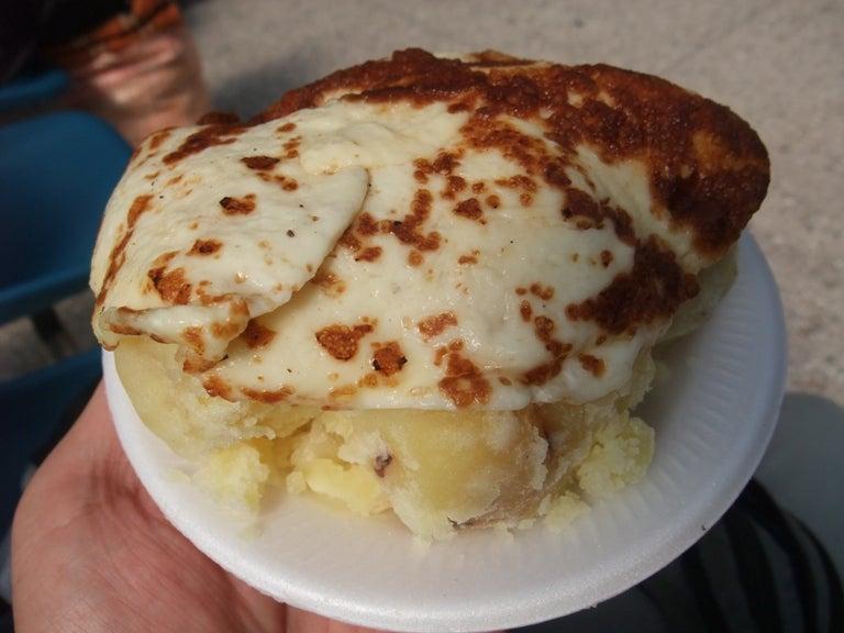 LA BODEGA PERUANA-queso frito