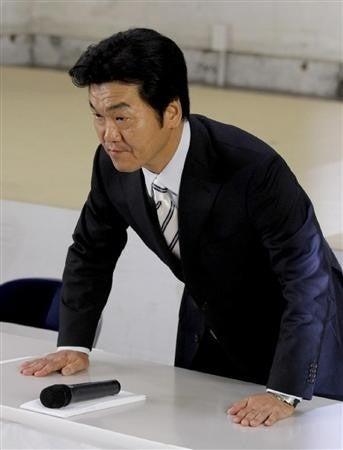 気になるあの言葉・あのニュース!大辞典-島田紳助 引退記者会見で涙5
