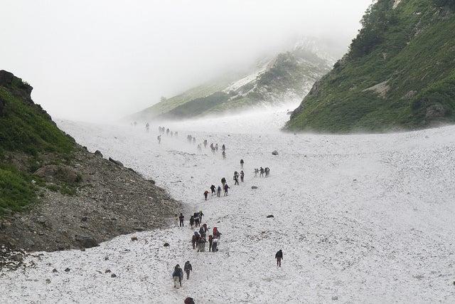 $cheltenhamのブログ-白馬岳の大雪渓