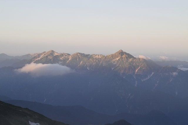 $cheltenhamのブログ-白馬岳から見る立山三山