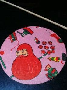 なんだかごちゃごちゃの、鶴の部屋。-110825_daruma