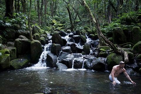 $ハワイ発 魂のエステ  神様タッチ ロミロミ ハワイアンマナ☆光溢れる島より愛をこめて