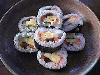 陽三とうさんの定年退職後ライフ。-お惣菜で、お寿司も買ってきました。