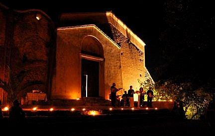 【彼女の恋した南イタリア】 - diario  イタリアリゾート最新情報    -満月の夜 山の修道院でコンサート