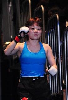 女子金網総合格闘技『VALKYRIE』
