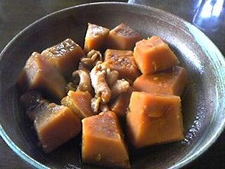 陽三とうさんの定年退職後ライフ。-かぼちゃと鶏皮の煮付けです。