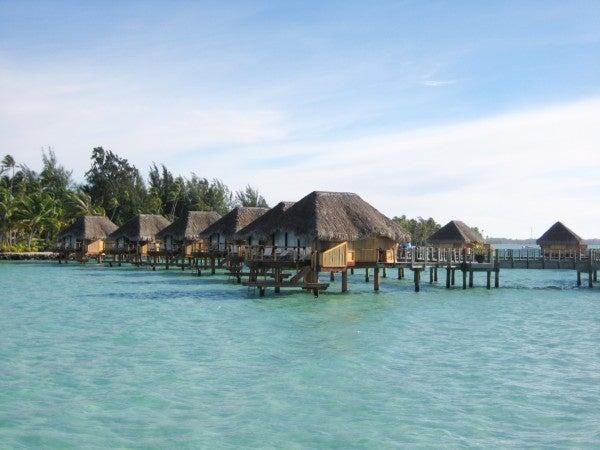$cheltenhamのブログ-Tahiti 水上コテージ