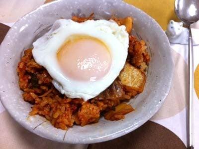 韓国料理研究家・ほんだともみのコリアンワールド-キムチチャーハン