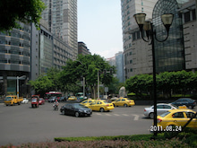 Shirley☆中国出身の中小企業診断士が貴方の中国進出を支援します♪♪夢想成真-重慶中心地、解放碑の風景