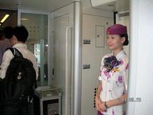 Shirley☆中国出身の中小企業診断士が貴方の中国進出を支援します♪♪夢想成真-重慶至成都の高速鉄道の車内
