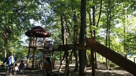 初めてのオートキャンプ!子供と一緒にキャンプに行こう!-北軽井沢スイートグラス遊び場1